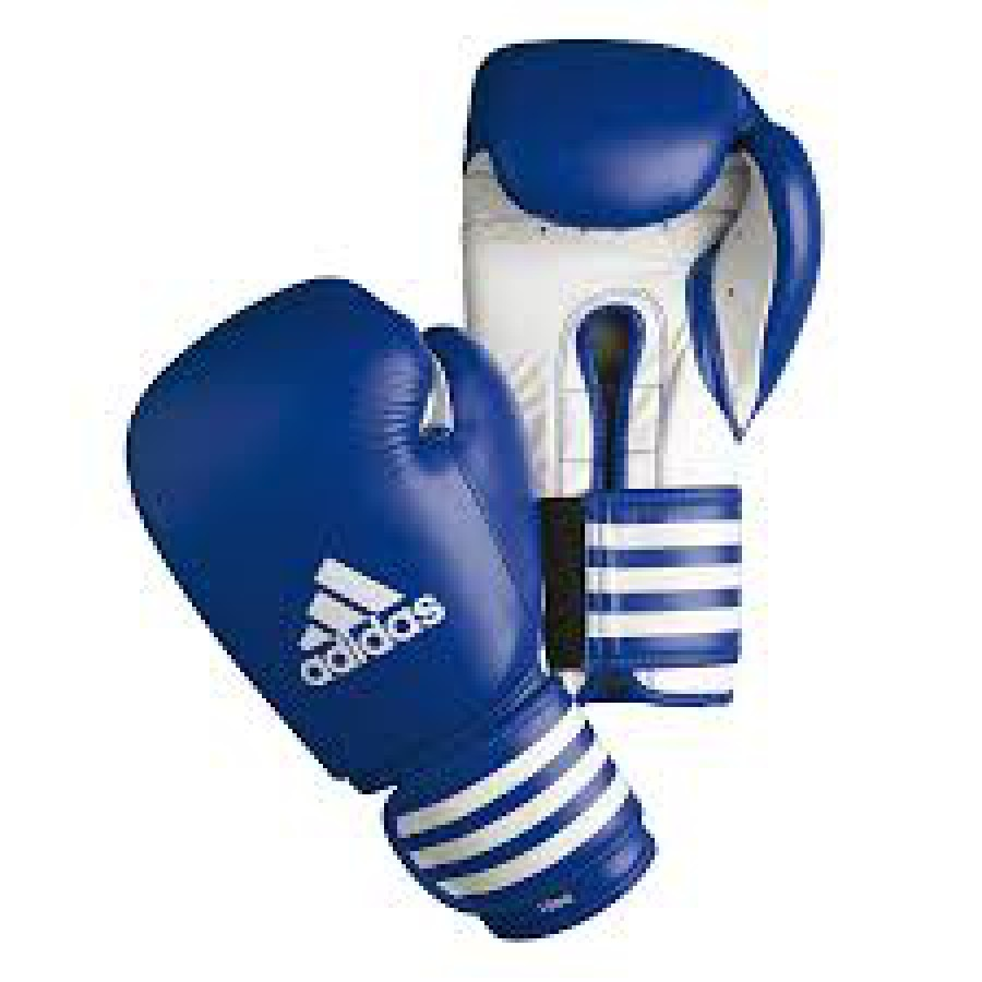 Sous les gants de boxe, il est courant d'utiliser des bandes de protection.