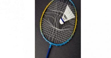 Raquette de badminton cassée